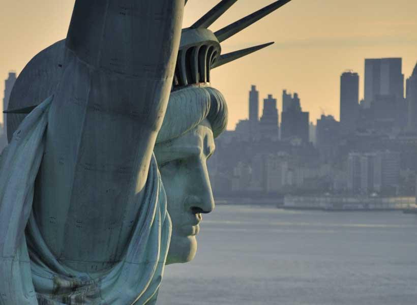 The (Dis) United States of America, 2030: A dystopian scenario